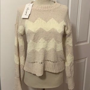 Kendall and Kylie sweater sz.L
